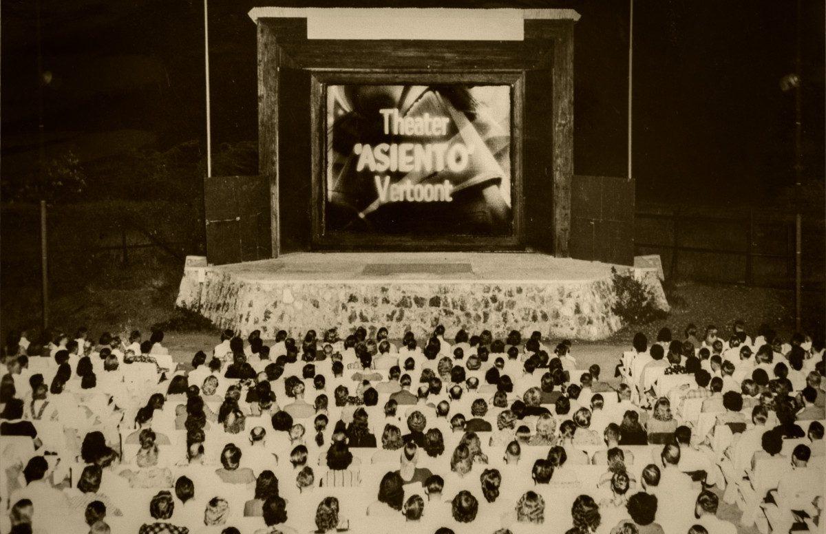 1915-1969-05-theatre-asiento