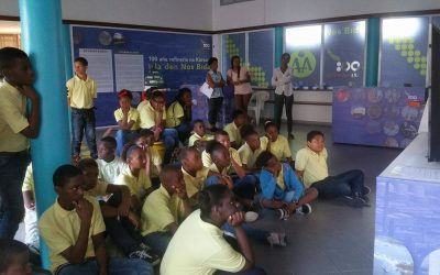 Maduro School di bishita serka Isla den Nos Bida