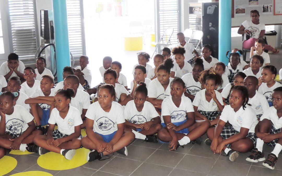 4 juli 2017 juan maurits school grupo 3 + 4 a bin bishita e exsposishon di isla den nos bida na naam